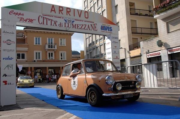 Al Città di Lumezzane, attese circa 150 auto storiche costruite fino al 1990.