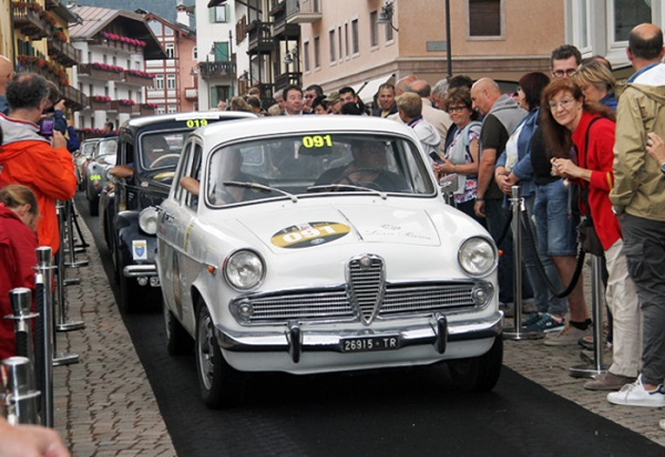 Alfa Romeo Giulietta Ti 1961 domina la Coppa d'Oro Dolomiti.