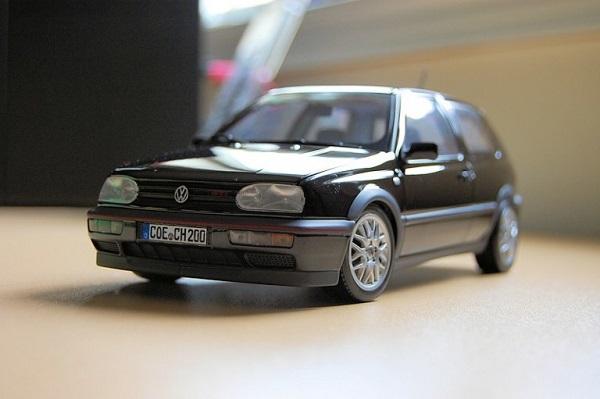 Modellino Golf GTI 20th Anniversario by Norev.