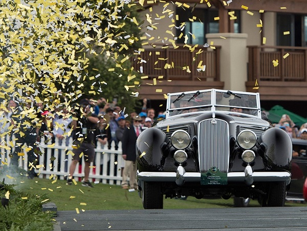 Lancia Astura è 'Best of Show' al Pebble Beach Concours 2016.