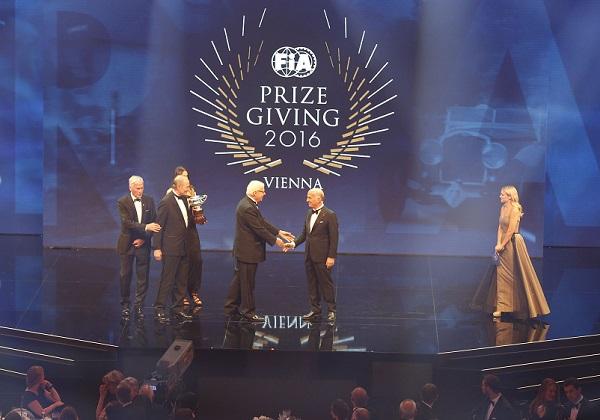 Il FIA Prize Giving 2016 rende omaggio alla Targa Florio