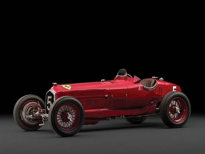 Una rara Alfa P3 Tipo B all'asta a Retromobile.