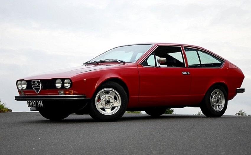 Alfa Romeo Alfetta un libro ne ripercorre tutta la storia.