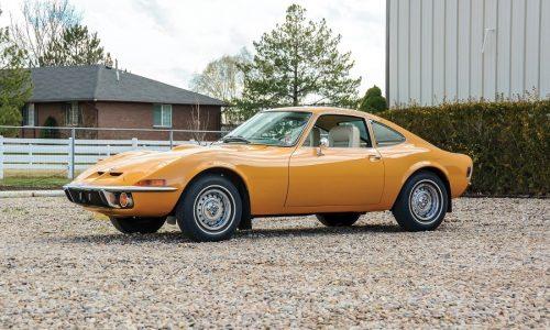 Opel Gt compie 50 anni, tour nelle strade della leggenda.