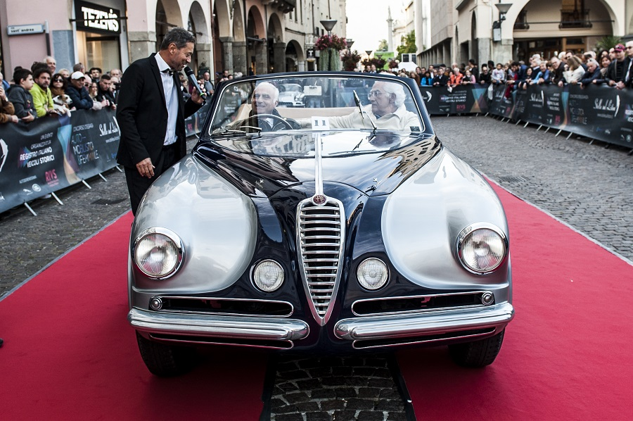 Stelle Sul Liston 2018: le belle auto d'epoca al Pedrocchi.