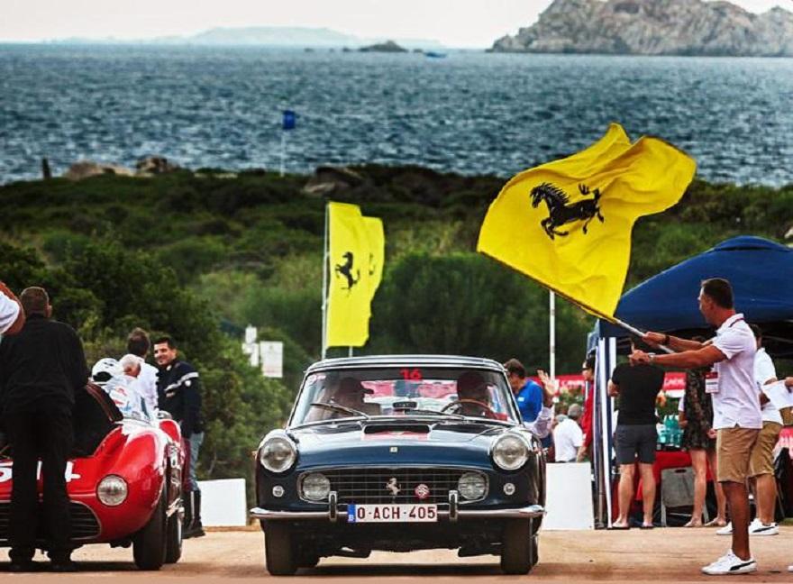 Preziose Ferrari d'Epoca in Sardegna per Cavalcade Classiche.