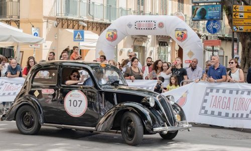 L'arte motoristica italiana della Targa Florio va ai coniugi Moceri.