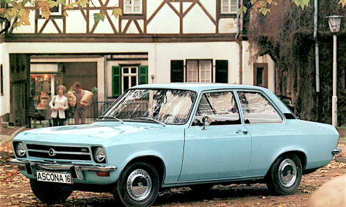 Opel festeggia primi 120 anni