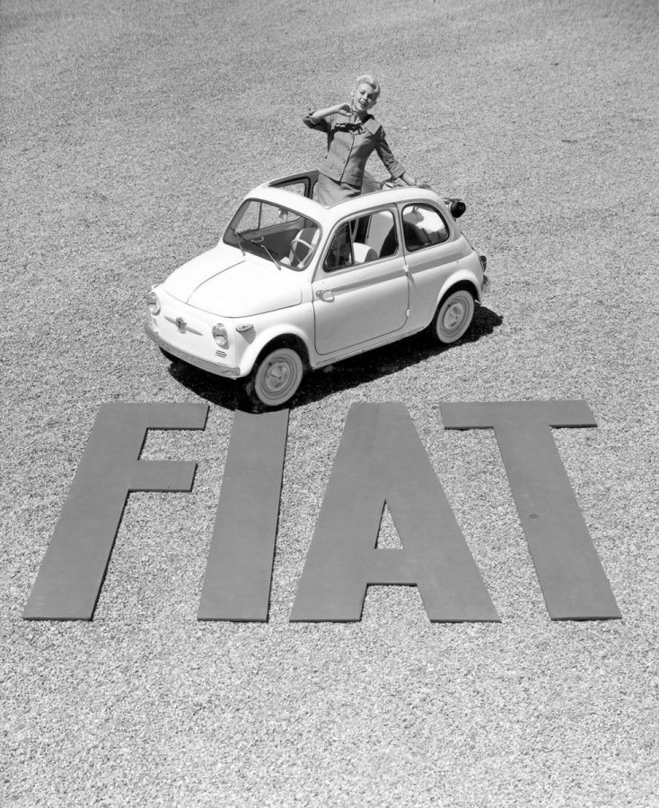 La leggendaria Fiat 500 al Festival Automobile International 2019.