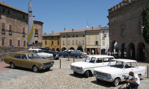 A maggio il X° Opel Meeting coinvolgerà Mantova.