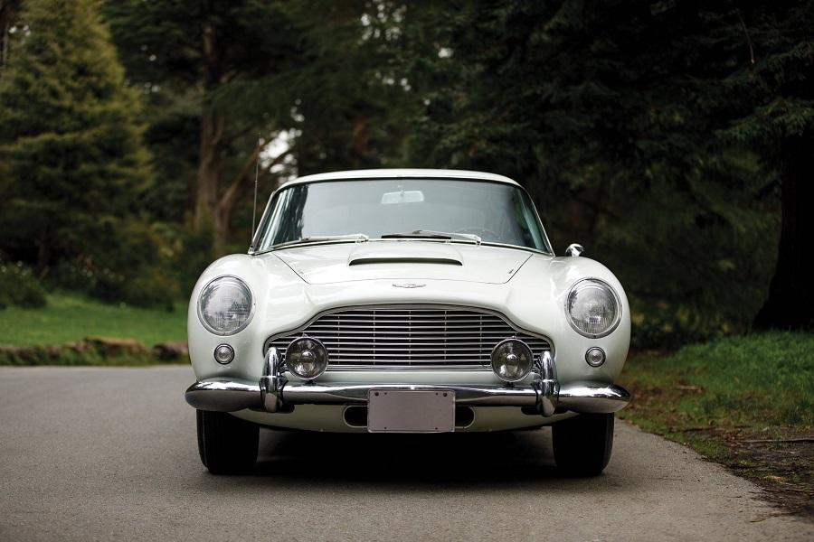 Aston Martin protagonista di vendita monomarca a Monterey