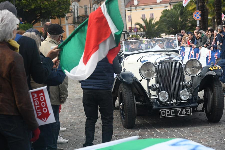 La 1000 Miglia 2019 ha preso il via da Brescia.