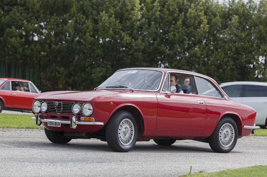 """""""Dal bel mare al bel Monte"""": poker di Carnevali su Alfa Romeo."""