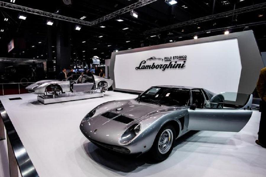Lamborghini espone una Miura SVJ al salone Rétromobile