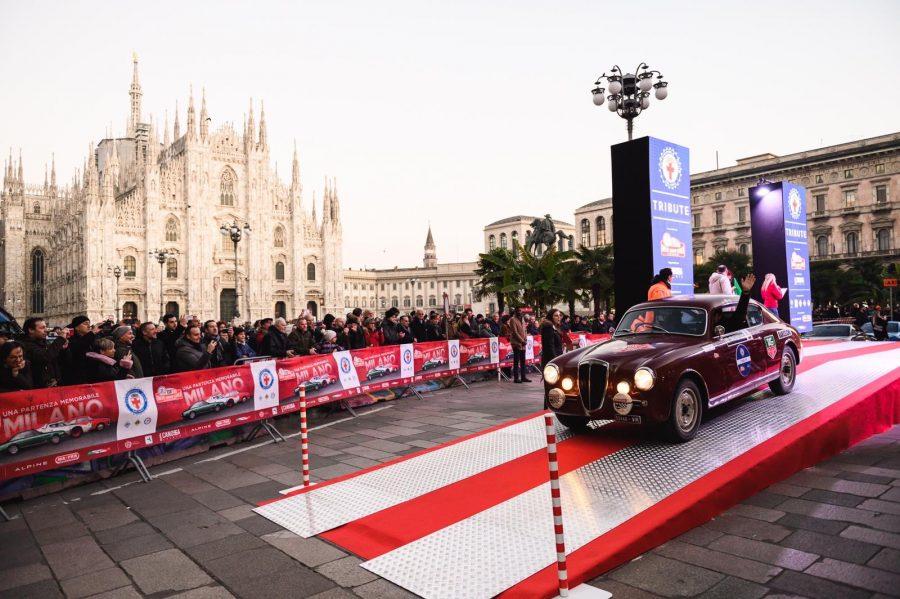 Milano abbraccia i valorosi del Rallye Monte-Carlo Historique.
