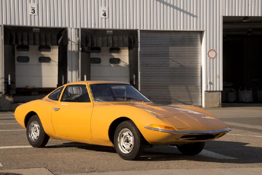 Opel Experimental GT, 'concept' rivoluzionaria dagli anni 60.