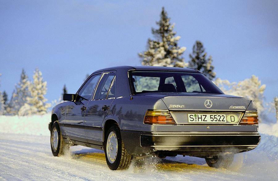 Mercedes, 35 anni di trazione integrale 4MATIC.