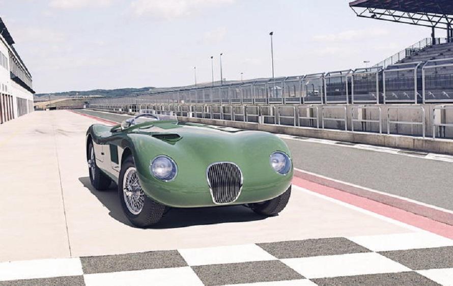 Jaguar C-Type, torna a battere il cuore del mito settantenne.