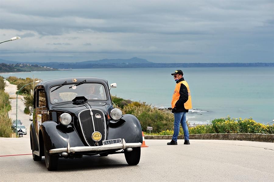 Passanante – Pisciotta su Fiat 508 C del '37 vincono il Trofeo Cave di Cusa.