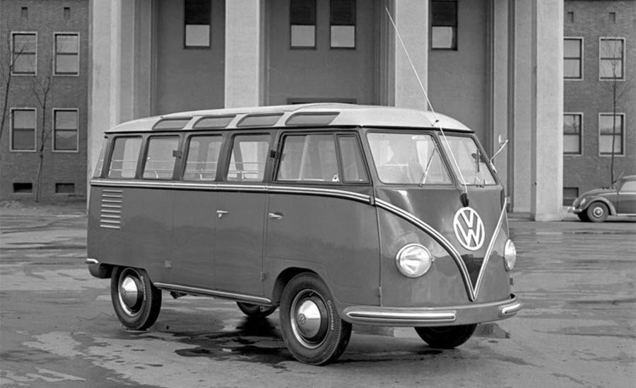 Volkswagen Bulli 'Samba', 70 anni per il '23 finestrini'.