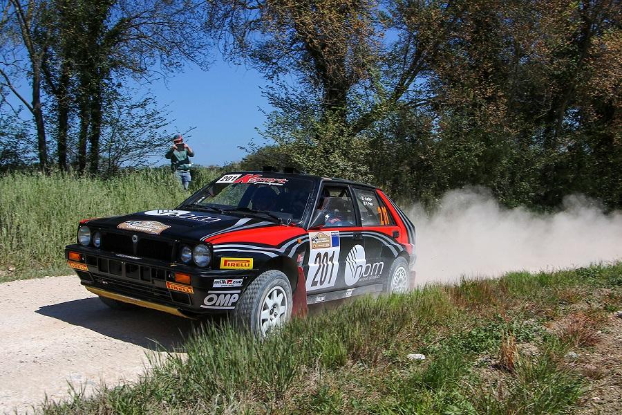 Il 3° Rally Storico del Medio Adriatico alla coppia Lucky-Pons.