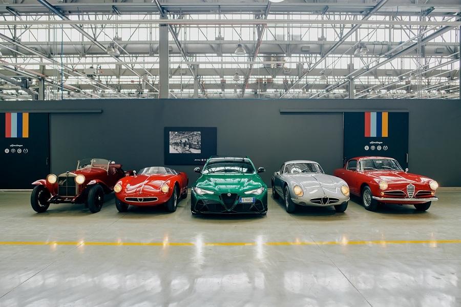 """Alfa Romeo regina della 39esima edizione storica della """"1000 Miglia""""."""