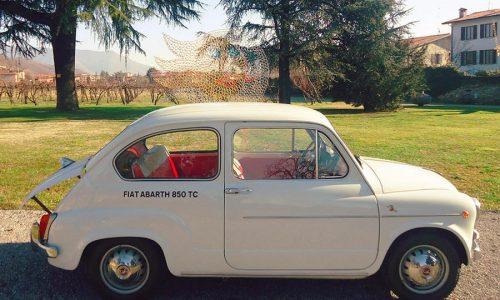 Abarth 850 TC, compie 60 anni la piccola che vinceva le gare.