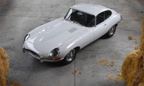 Jaguar E-Type, restaurata un prezioso modello Serie 1.