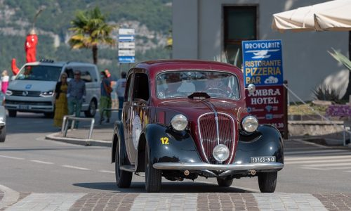 Il XX° Città di Lumezzane è di Alberto e Giuseppe Scapolo su Fiat 508.